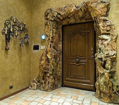декоративные свойства входной двери