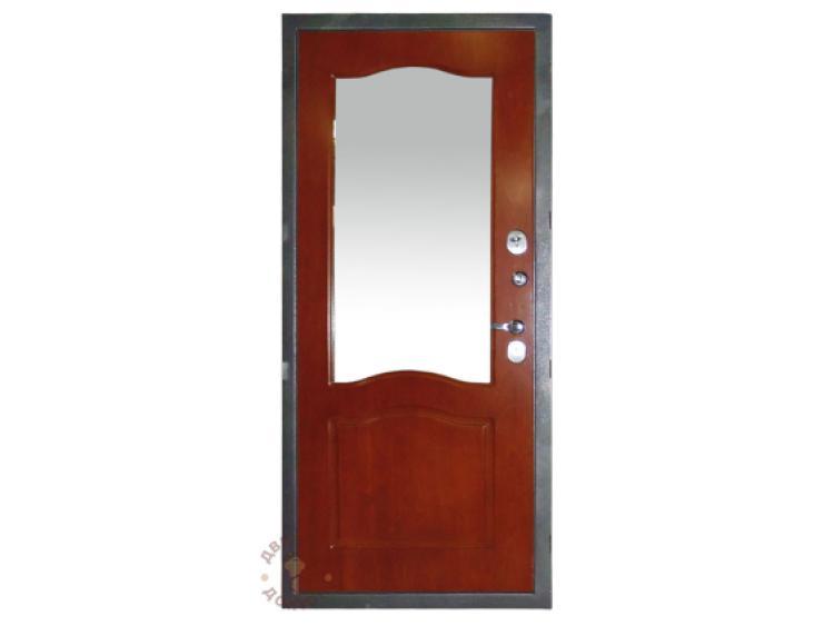 Входная дверь классика с зеркалом