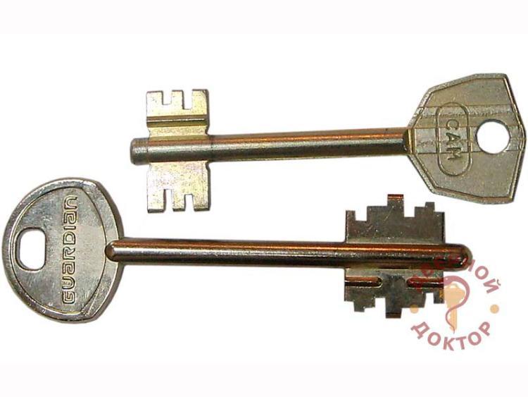 Сувальдный двухбородочный отечественный ключ