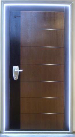входная дверь для серверной